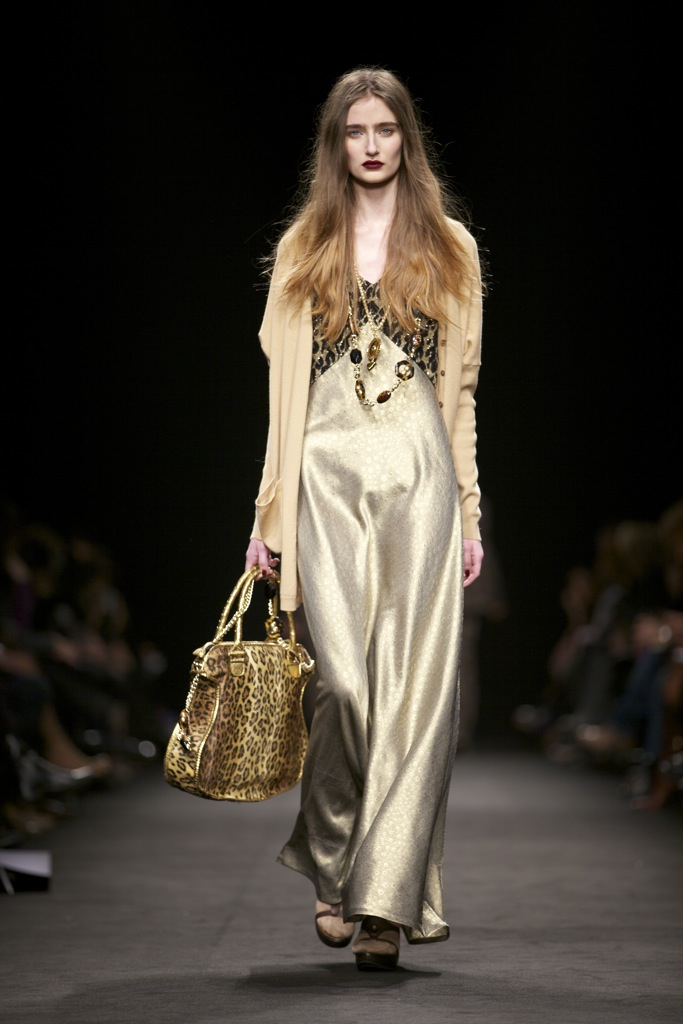 Angelo Marani Fall Winter Woman 2011-12 Milano Fashion Week