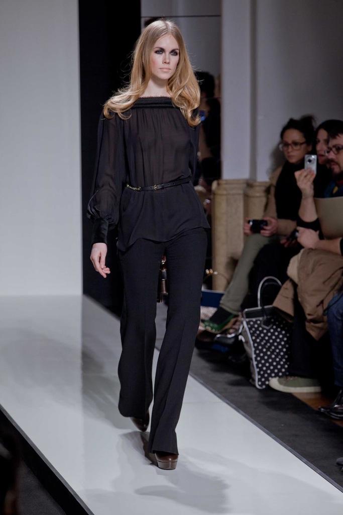 Aigner Fall Winter Woman 2011-12 Milano Fashion Week