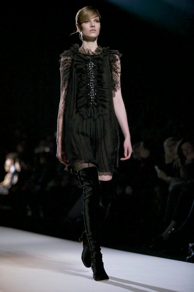 Alberta Ferretti Fall Winter Woman 2011-12 Milano Fashion Week