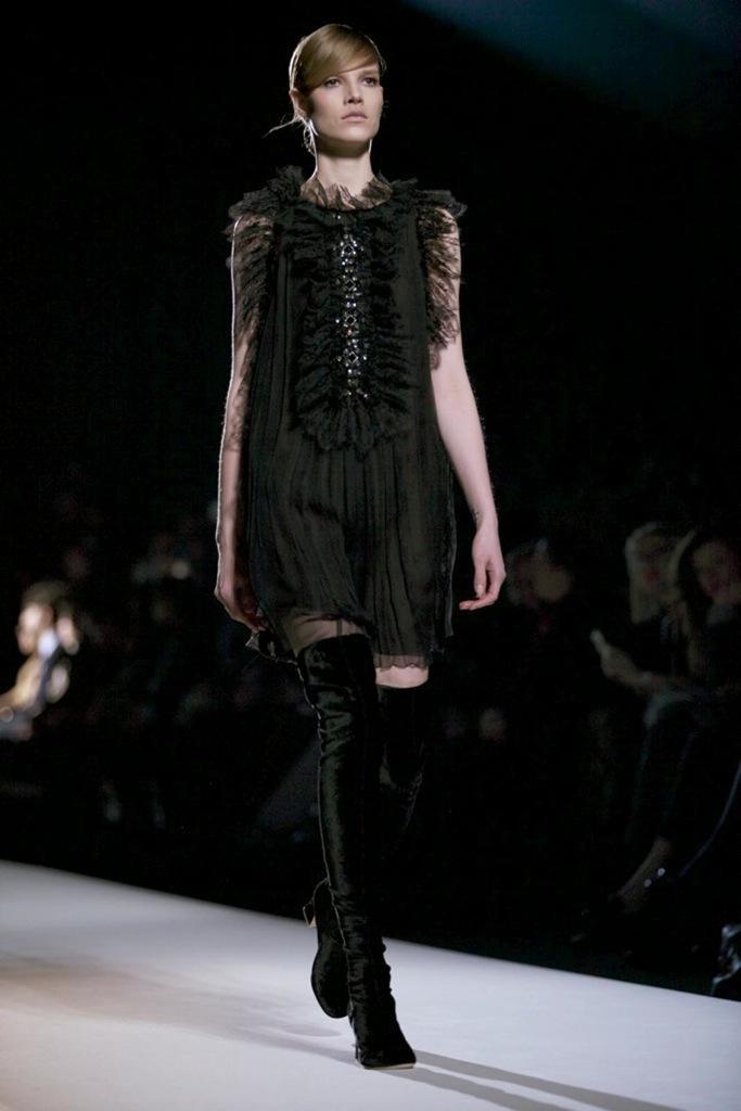Alberta Ferretti Fall Winter Woman 2011-12 Milano Fashion Week