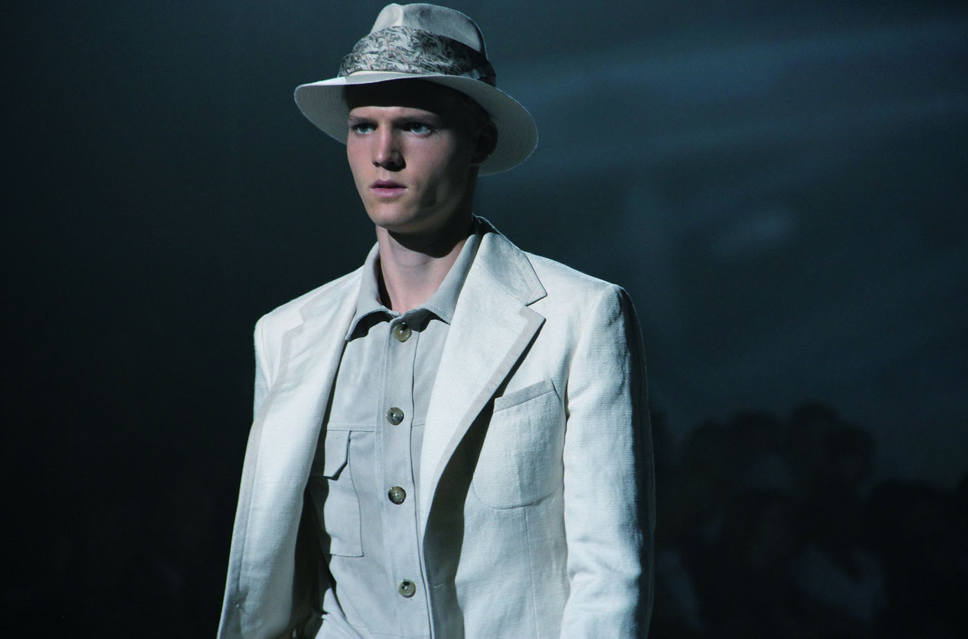 corneliani-milano-fashion-week-2012-spring-summer-fashion-show-catwalk
