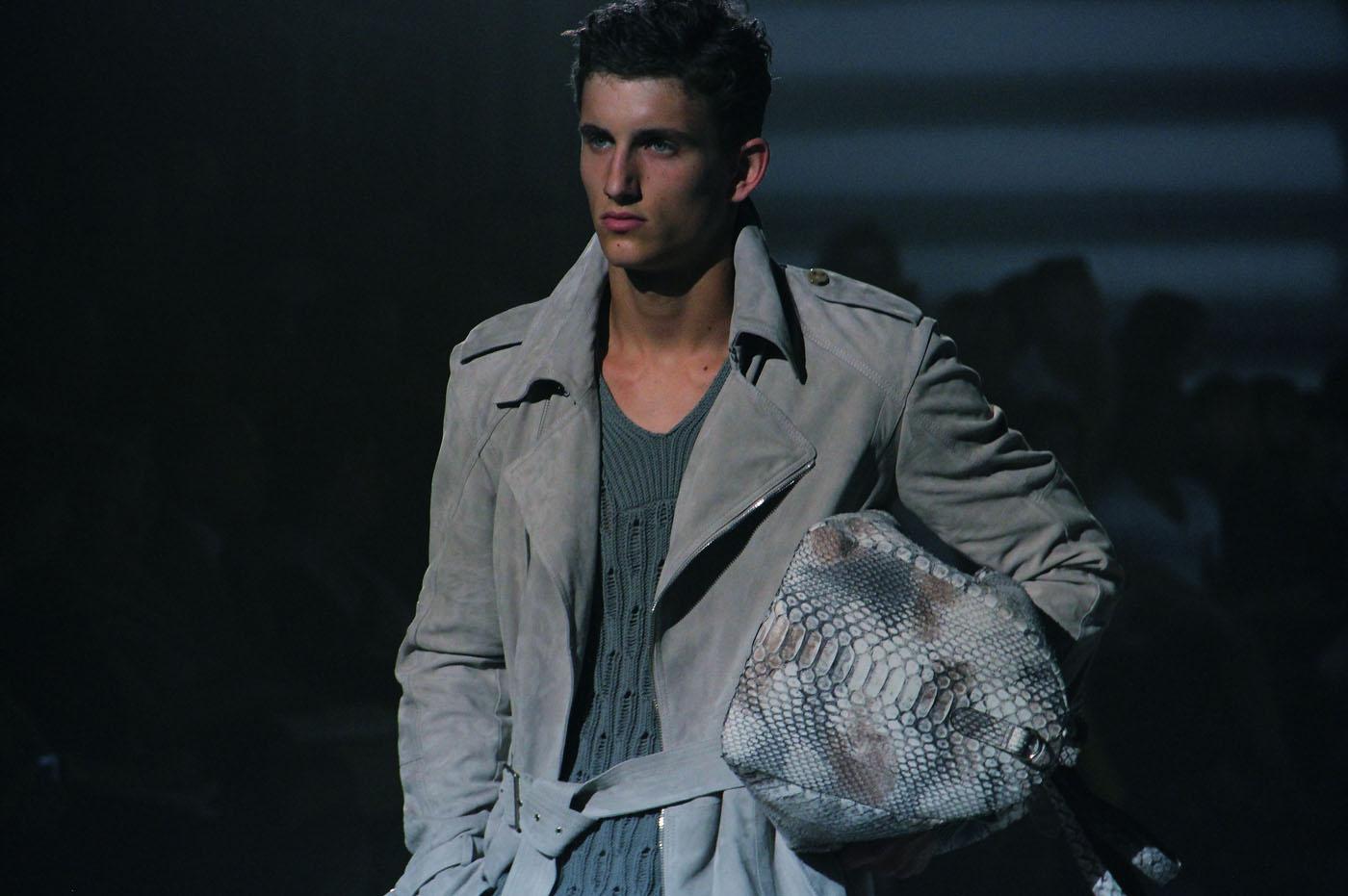 corneliani-spring-summer-2012-men-collection-milano-fashion-week-2012-corneliani-primavera-estate-catwalk-2012