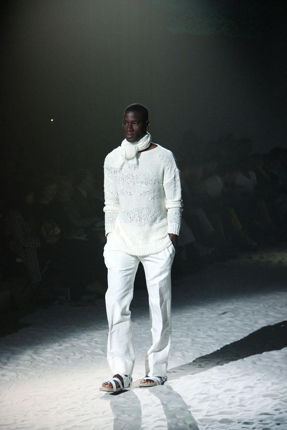 corneliani-spring-summer-2012-men-collection-milano-fashion-week-2012-corneliani-primavera-estate-corneliani-fashion-show-catwalk-2012