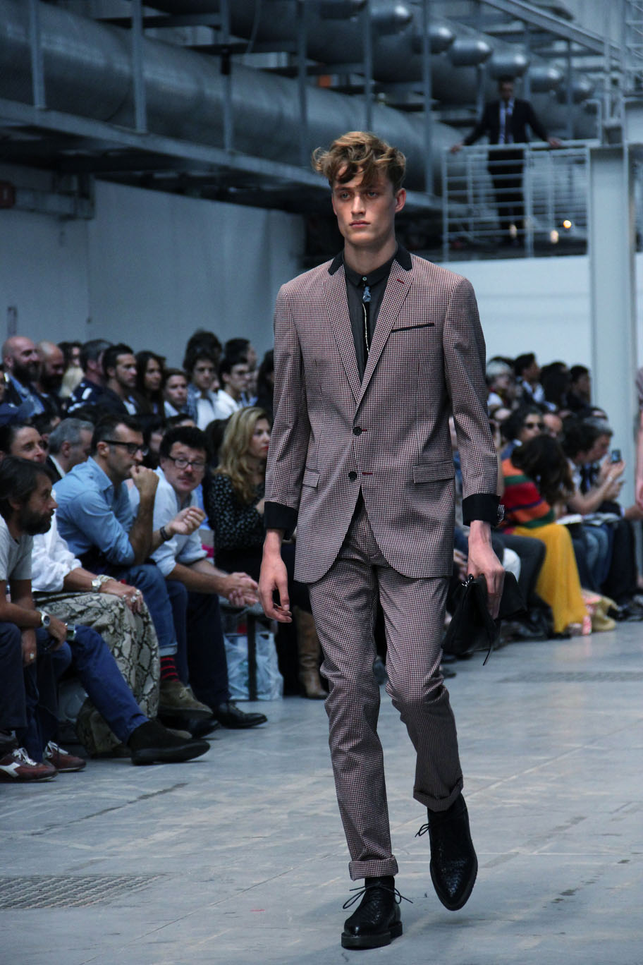 costume-national-homme-spring-summer-2012-fashion-show-catwalk