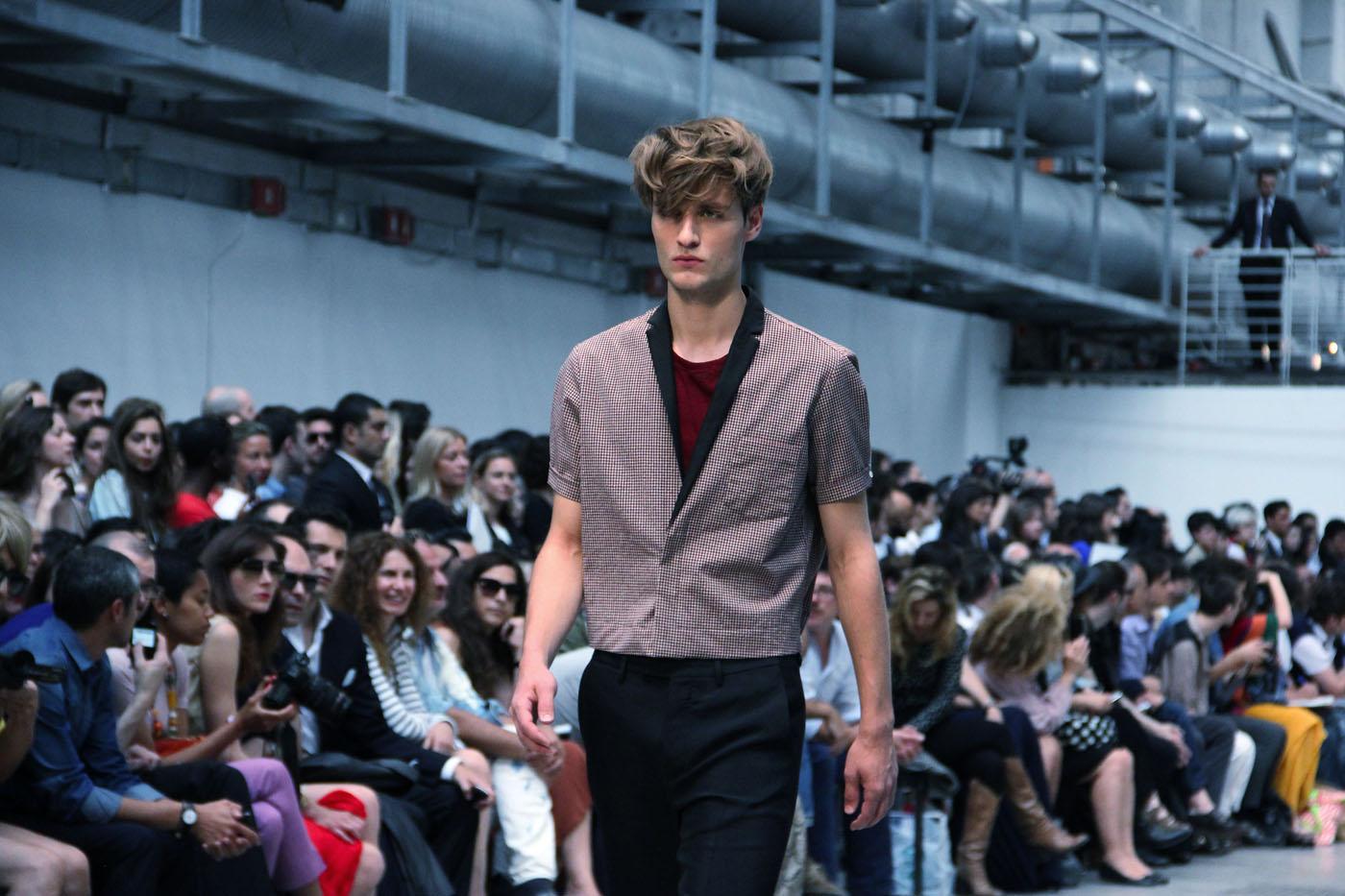 costume-national-homme-spring-summer-2012-men-collection-milano-fashion-week-2012-costume-national-homme-primavera-estate-catwalk-2012