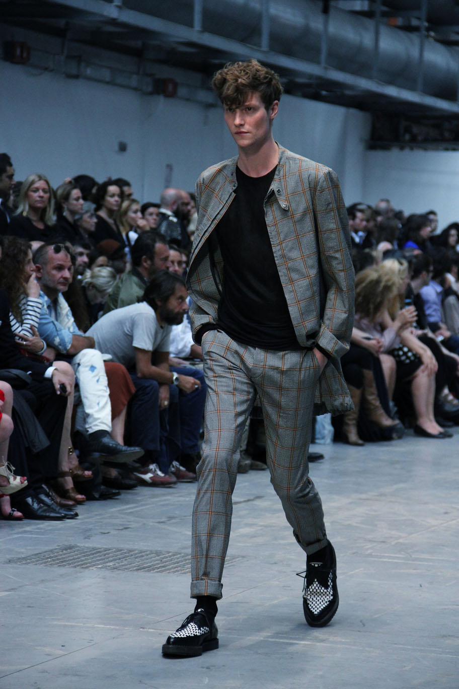 costume-national-homme-spring-summer-2012-men-collection-milano-fashion-week-2012-costume-national-homme-primavera-estate-costume-national-homme-fashion-show-catwalk-2012
