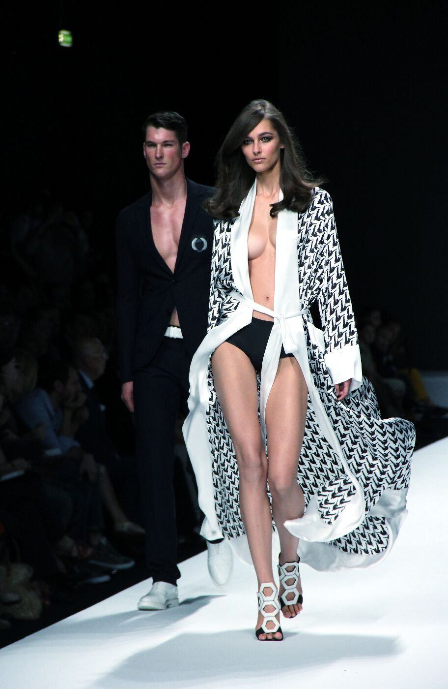 dirk-bikkembergs-sport-couture-ss-spring-summer-2012-milano-fashion-week-dirk-bikkembergs-sport-couture