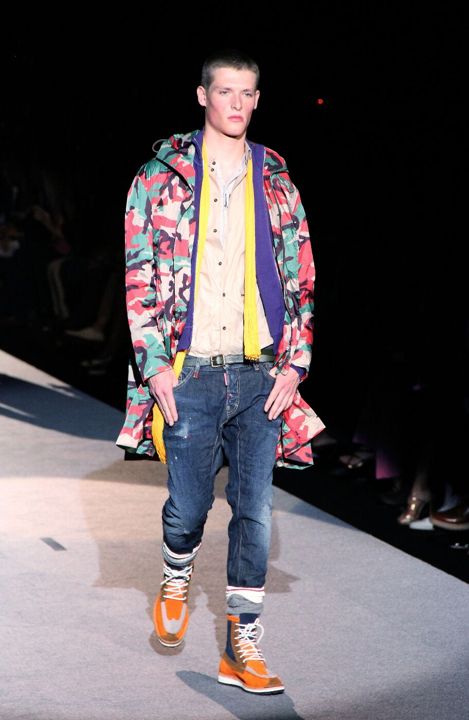 dsquared2-spring-summer-2012-fashion-show-catwalk