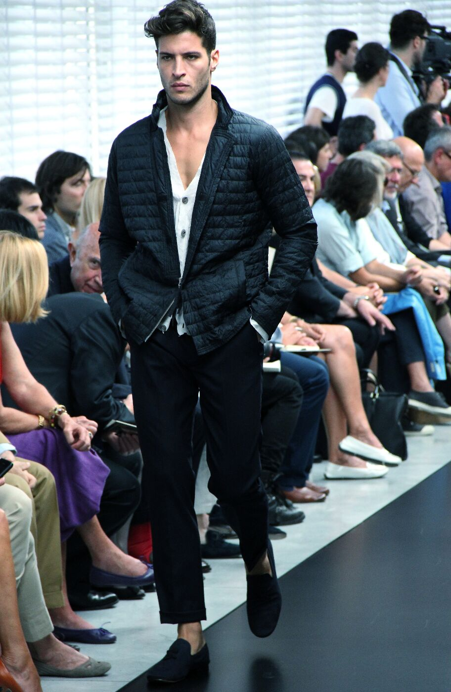 ermanno-scervino-spring-summer-2012-fashion-show-catwalk