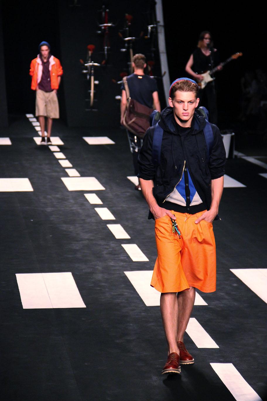 frankie-morello-spring-summer-2012-men-collection-milano-fashion-week-2012-frankie-morello-primavera-estate-fashion-show-catwalk