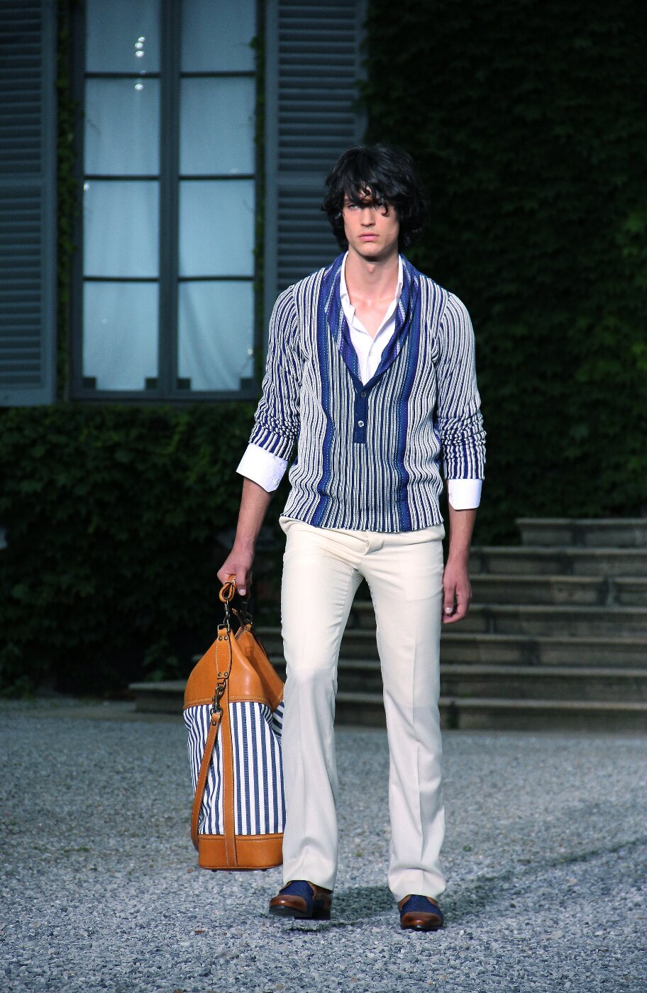 roberto-cavalli-spring-summer-2012-men-collection-milano-fashion-week-2012-roberto-cavalli-primavera-estate-catwalk-2012