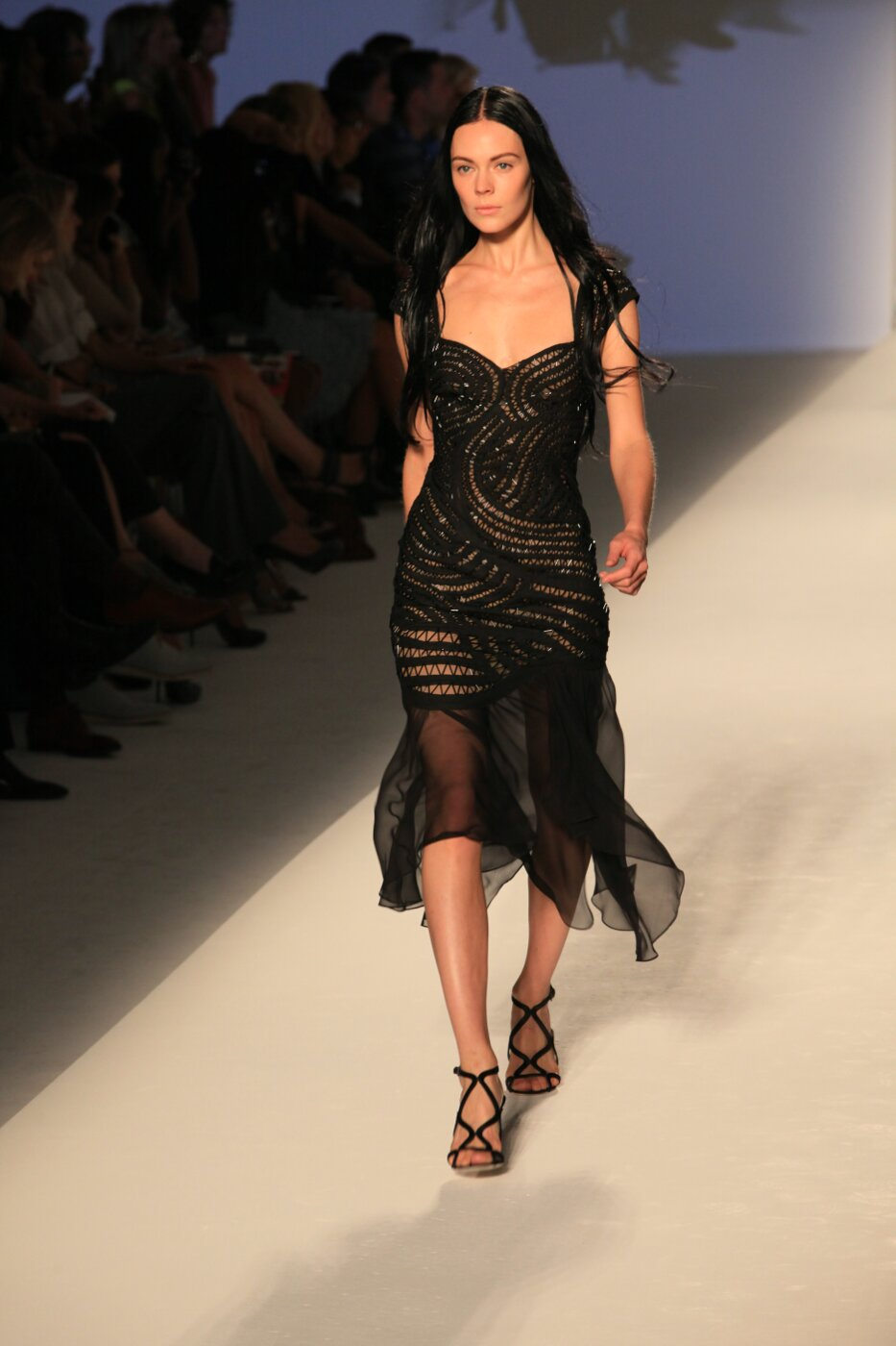 Alberta Ferretti Spring Summer 2012 Women Fashion Show