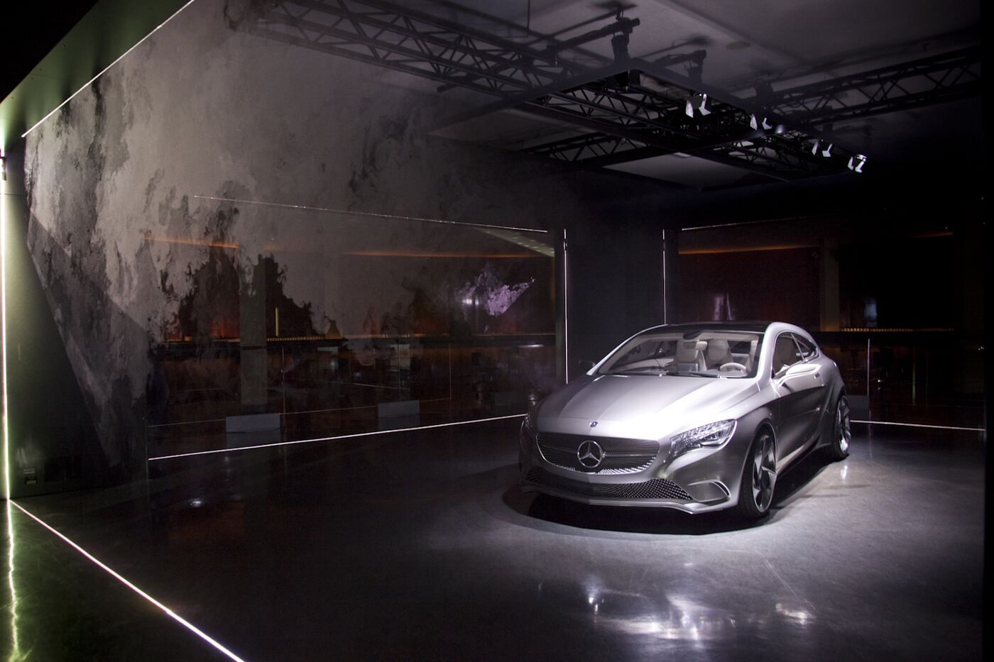 Avantgarde Diaries Transmission1 Concept A-Class Installation Mercedes-Benz