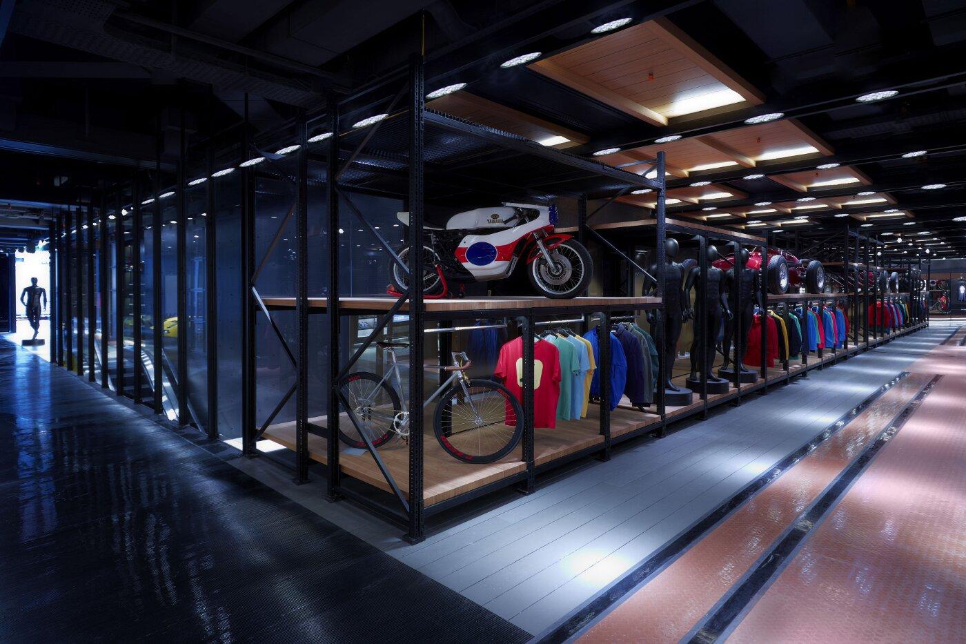 Pirelli Flagship Store - Heritage - Milano Corso Venezia