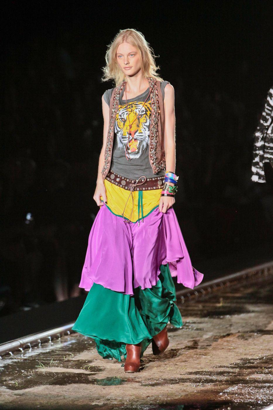 Dsquared2 - Spring Summer 2012 Women - Milano Fashion Week