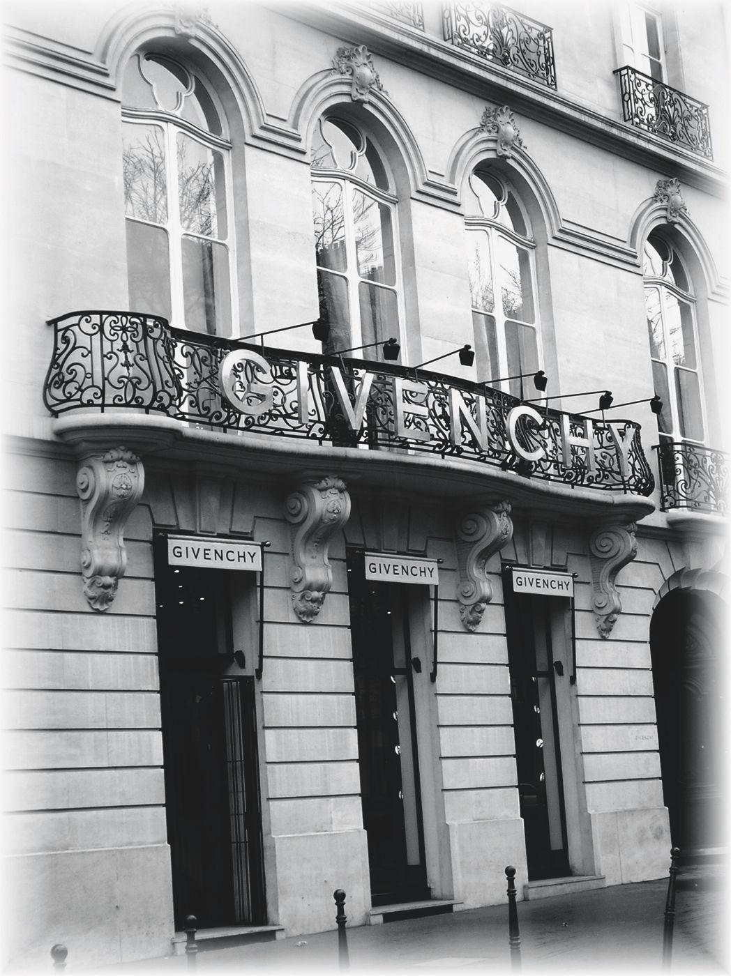 Givenchy Haute Couture - Les Journées Particulières