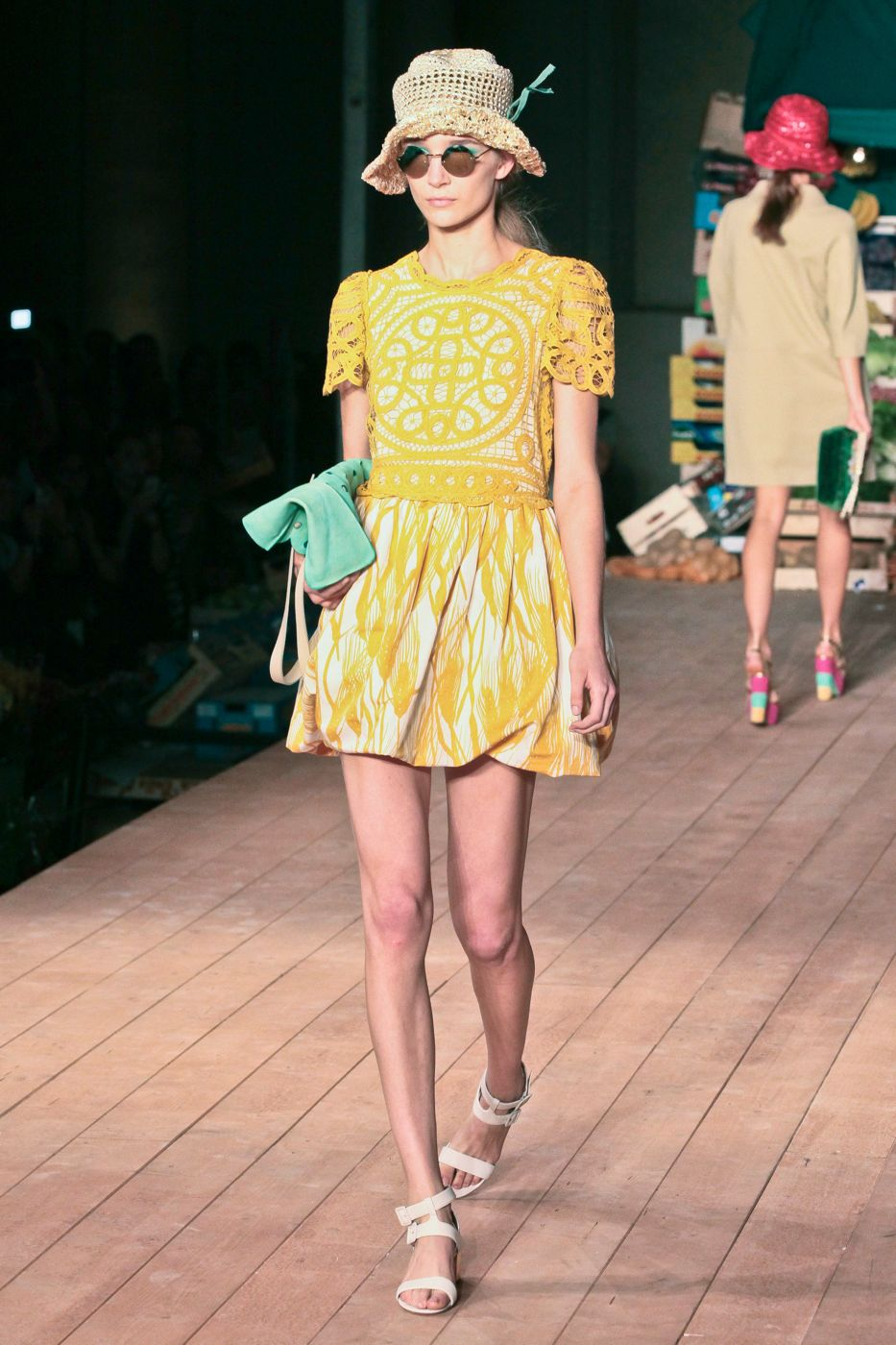 Moschino Cheap & Chic- Spring Summer 2012 Women - Milano Fashion Week
