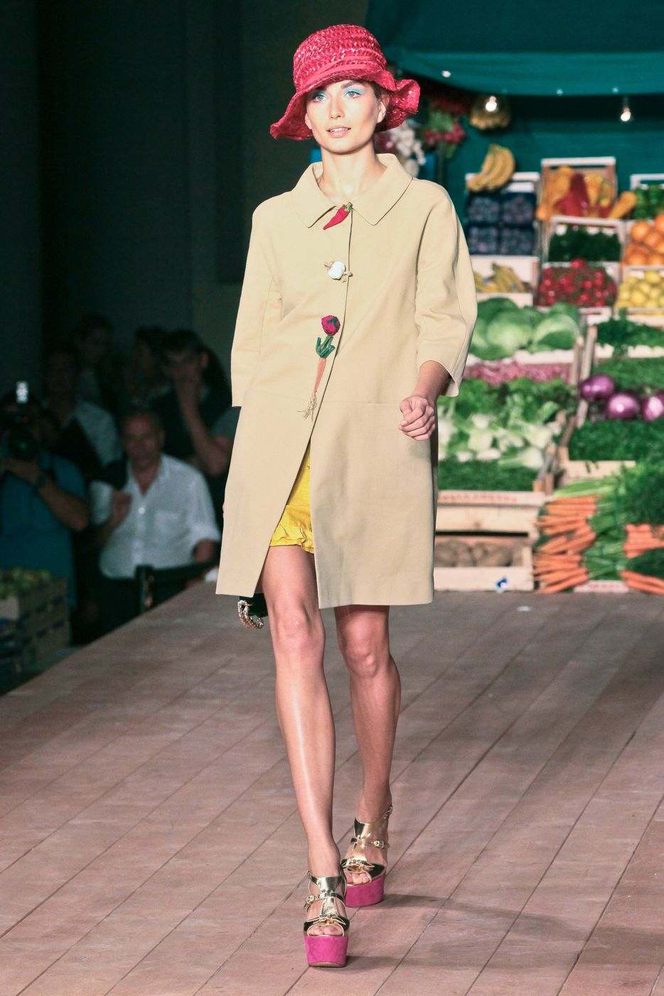 Moschino Cheap & Chic SS 2012