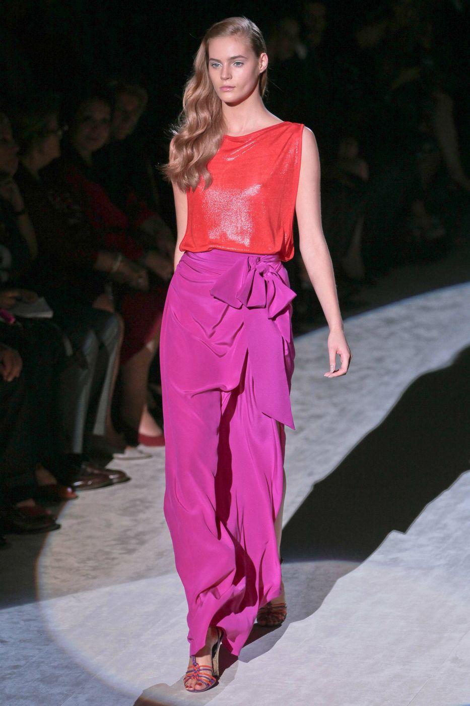 Salvatore Ferragamo Spring Summer 2012 Women Fashion Show Catwalk