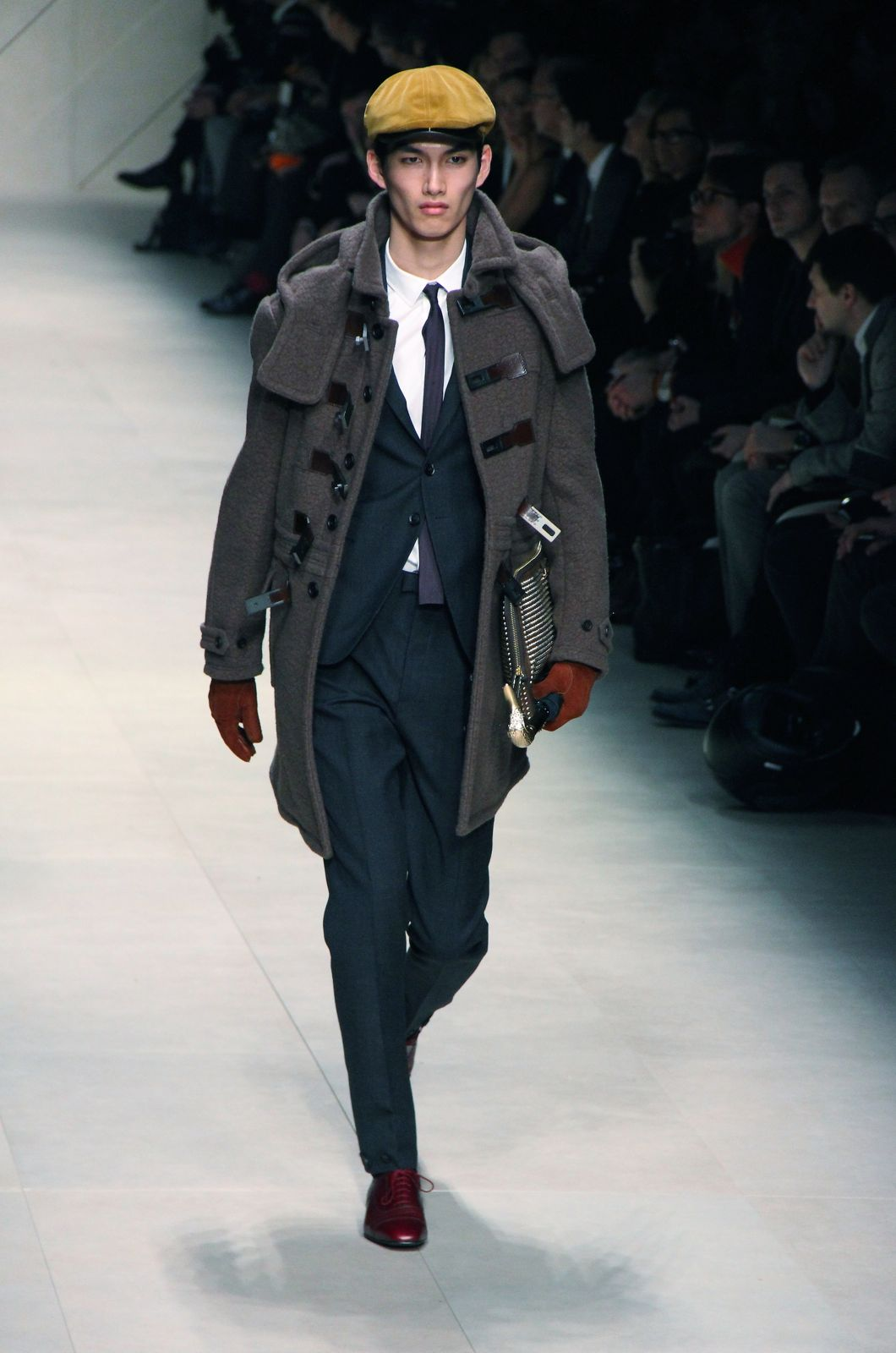 Burberry Prorsum Fall Winter 2012 Men Fashion Show