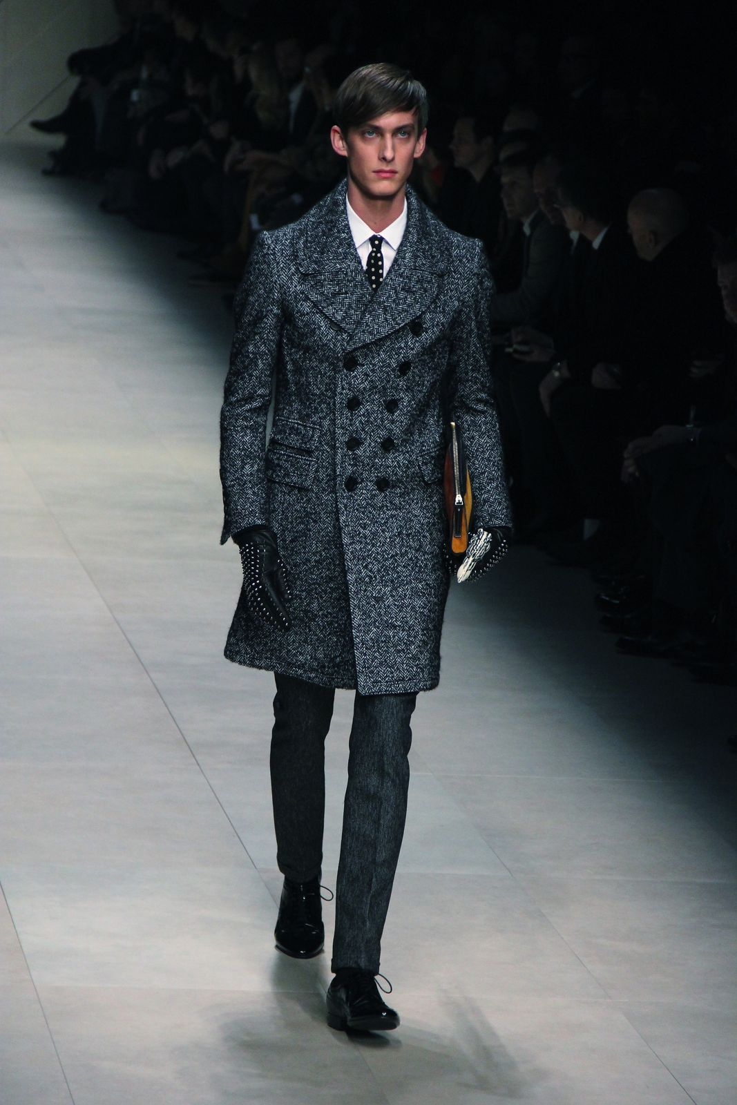Catwalk Burberry Prorsum Fall Winter 2012 Men Fashion Show