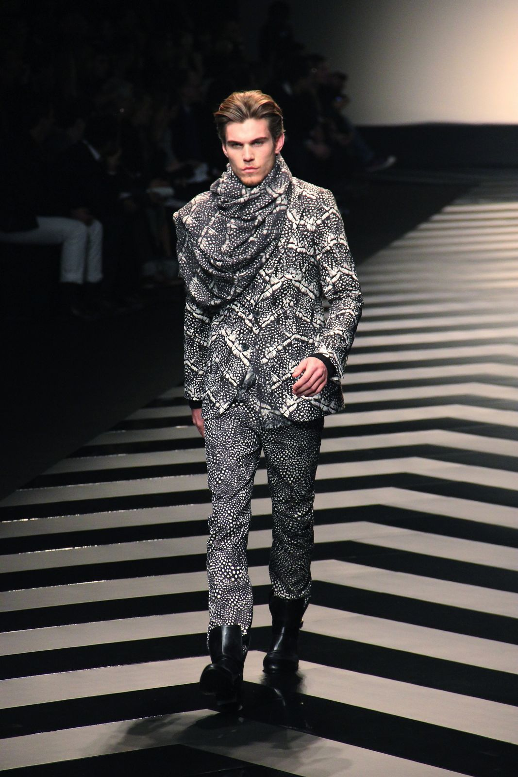 Roberto Cavalli Fall Winter 2012-2013 Men Fashion Show
