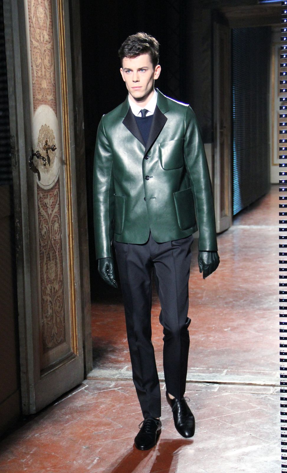 Valentino Men Collection Fall Winter 2012-13 Pitti Immagine Uomo