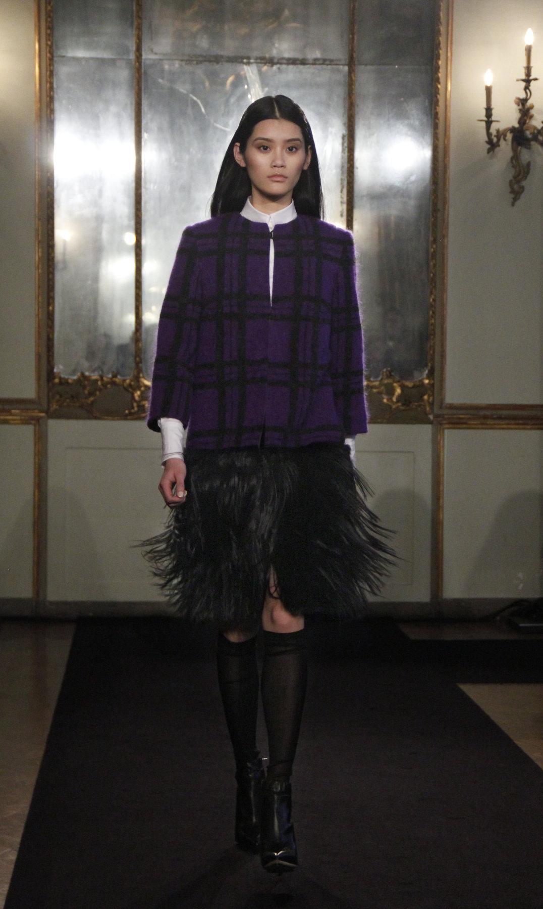 Catwalk Les Copains Fall-Winter 2012-2013 Women Fashion Show Catwalk Milano Fashion Week