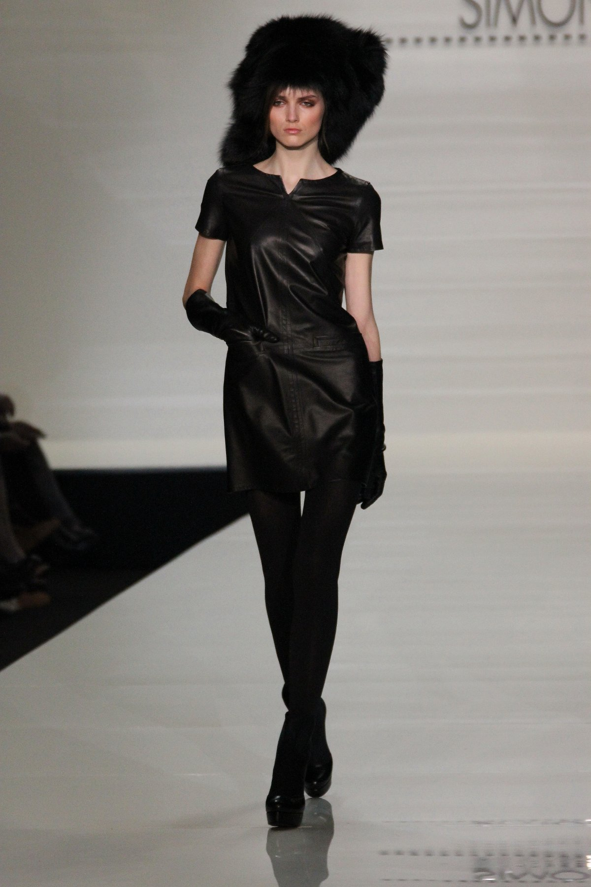 Catwalk Simonetta Ravizza Fall-Winter 2012-2013 Women's Collection Fashion Show Catwalk-Milano Fashion Week