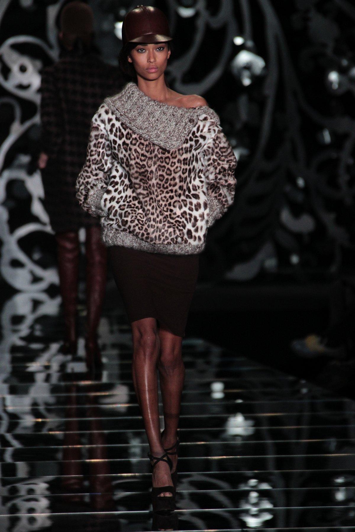 Ermanno Scervino Fall-Winter 2012-2013 Women Fashion Show