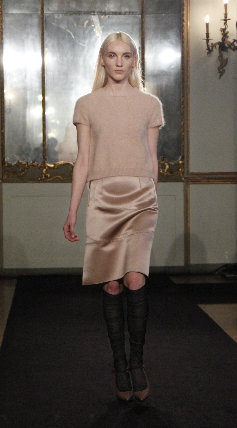 Les Copains Fall-Winter 2012-2013 Women Fashion Show