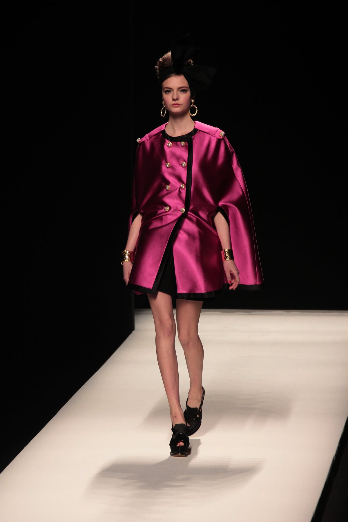 Moschino Fall-Winter 2012 Women Fashion Show - Moschino fw 2012-2013