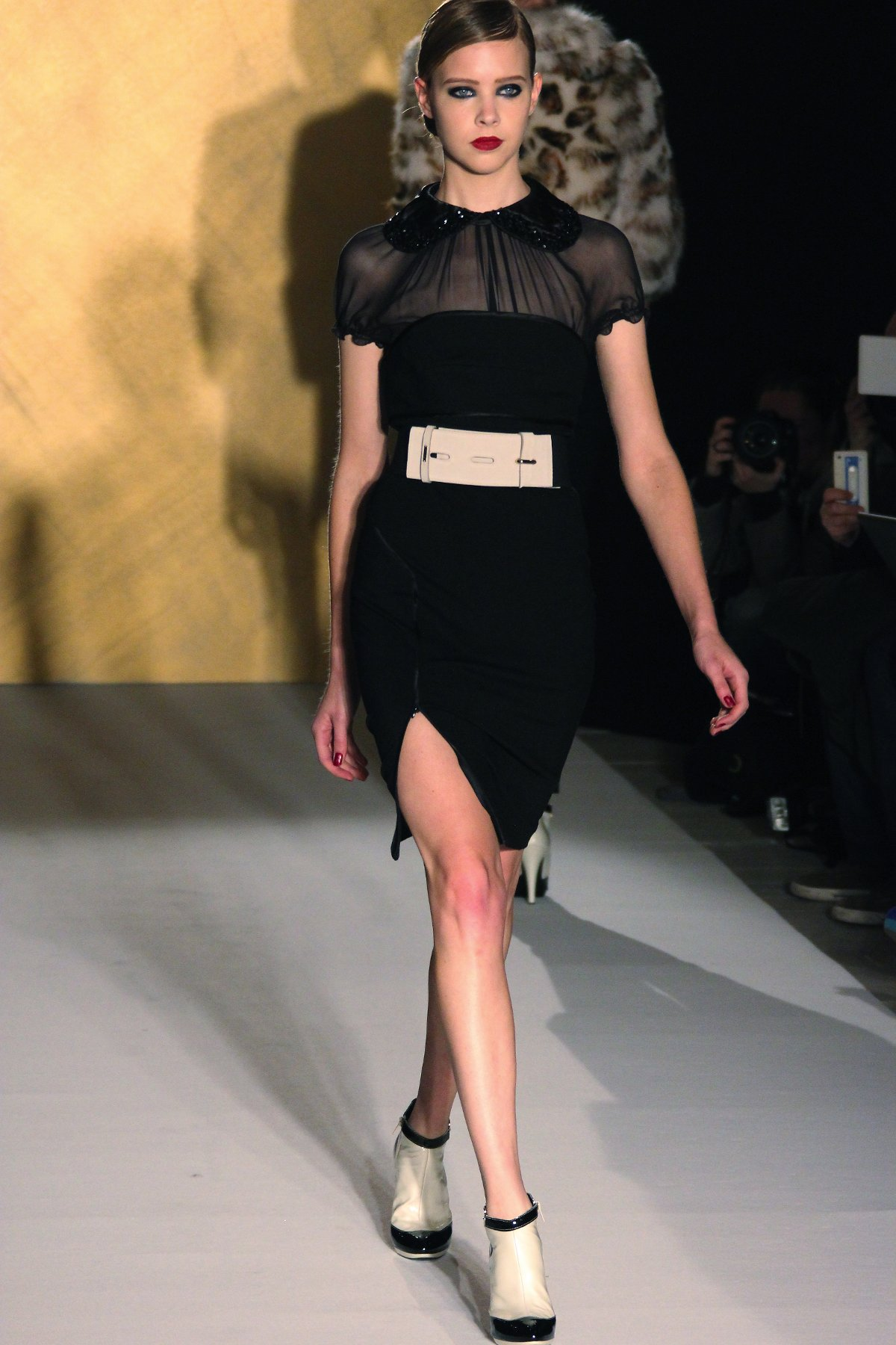 Paola Frani Fall-Winter 2012 Women Fashion Show Catwalk Milano Fashion Week