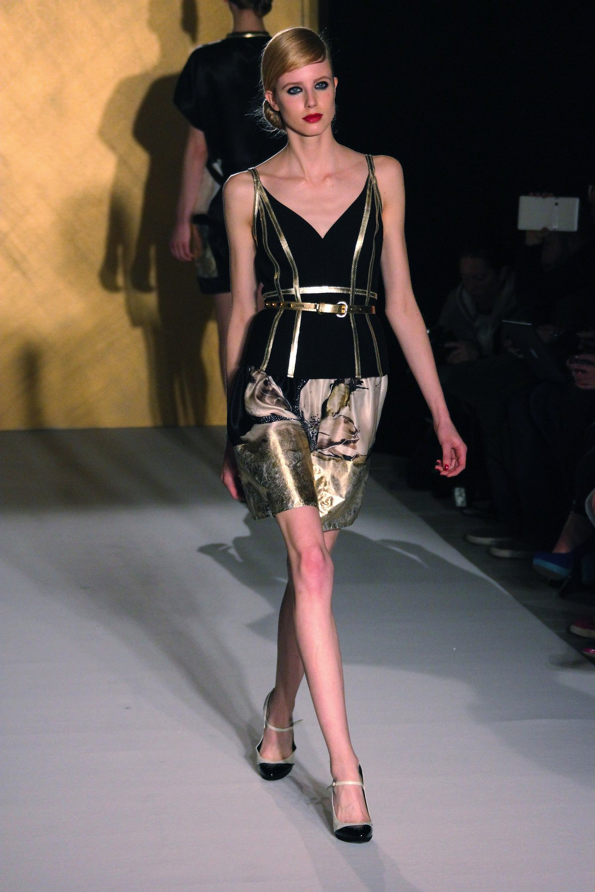 Paola Frani Fall-Winter 2012 Women's Collection Fashion Show