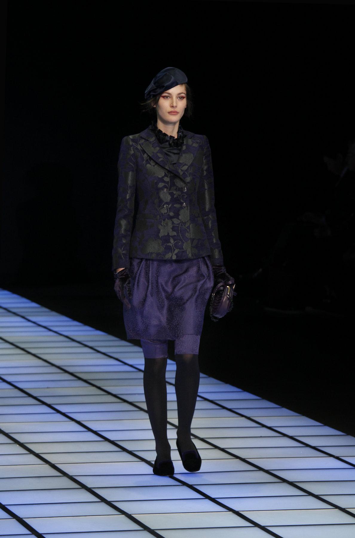 Woman Fashion Catwalk Emporio Armani