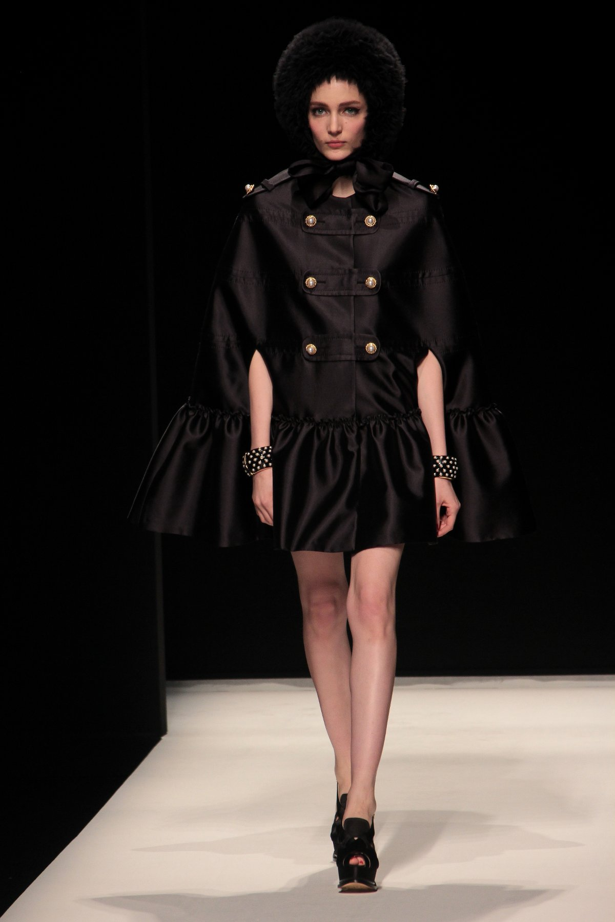 Woman Fashion Catwalk Moschino