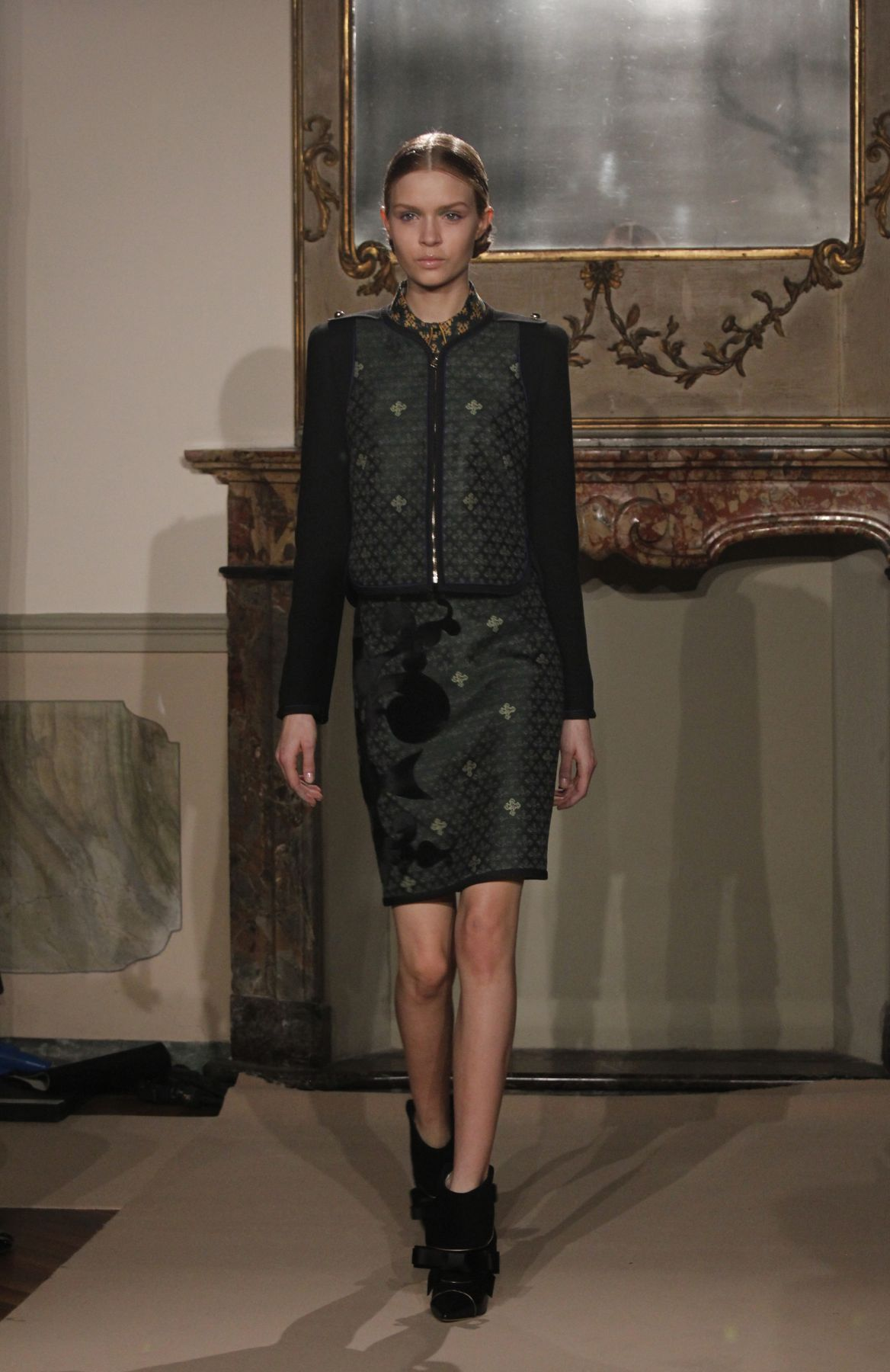 Aquilano Rimondi fw 2013 Women's Collection