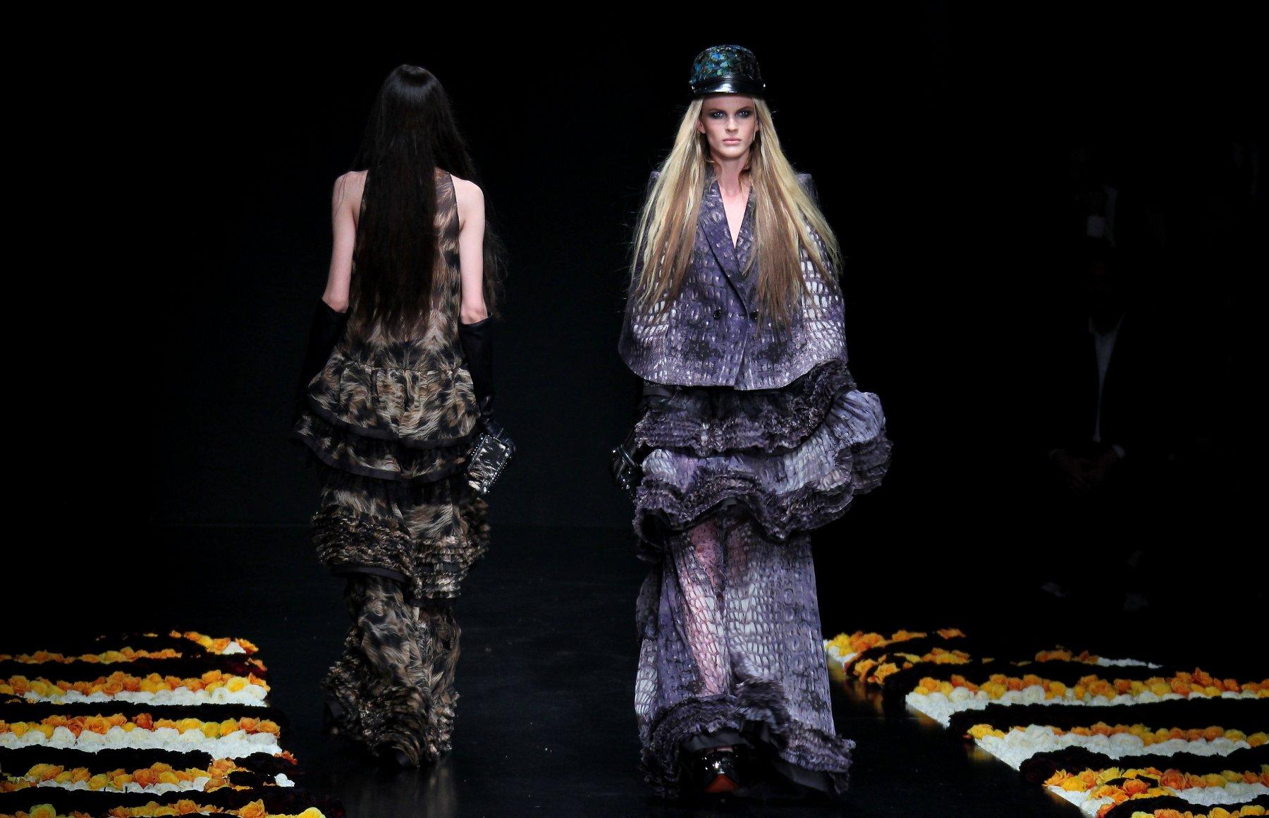 Catwalk Roberto Cavalli Fall Winter 2012-2013 Women Collection Fashion Show Catwalk Milano Fashion Week