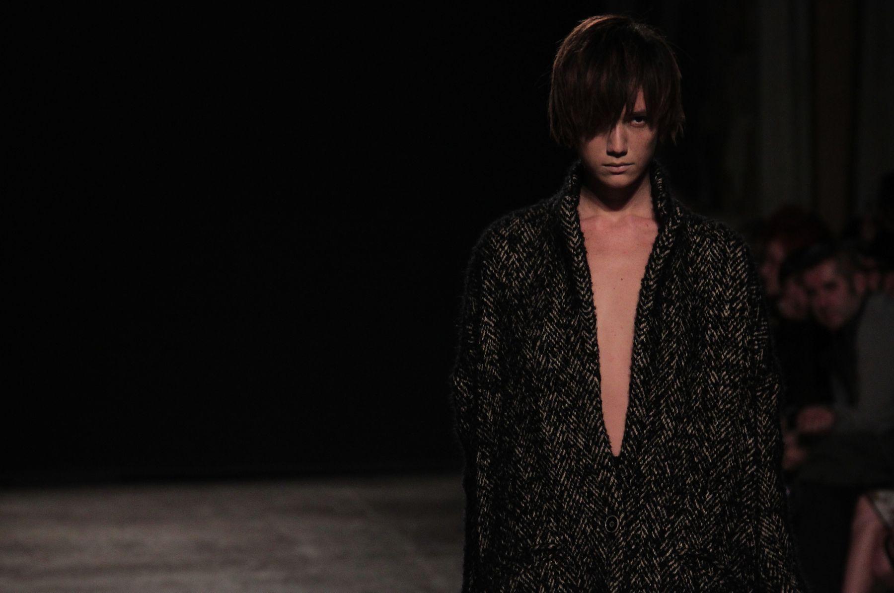 Uma Wang Fall-Winter 2012-2013 Women Fashion Show