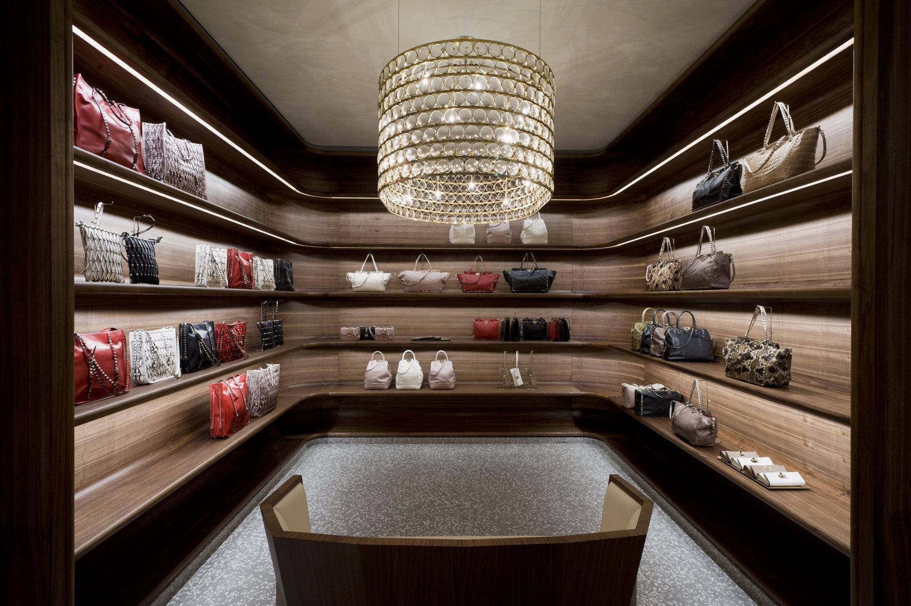 Valentino - Concept Store