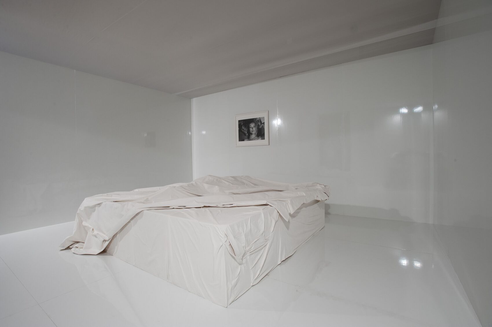Marilyn Monroe Bed Salvatore Ferragamo Museum