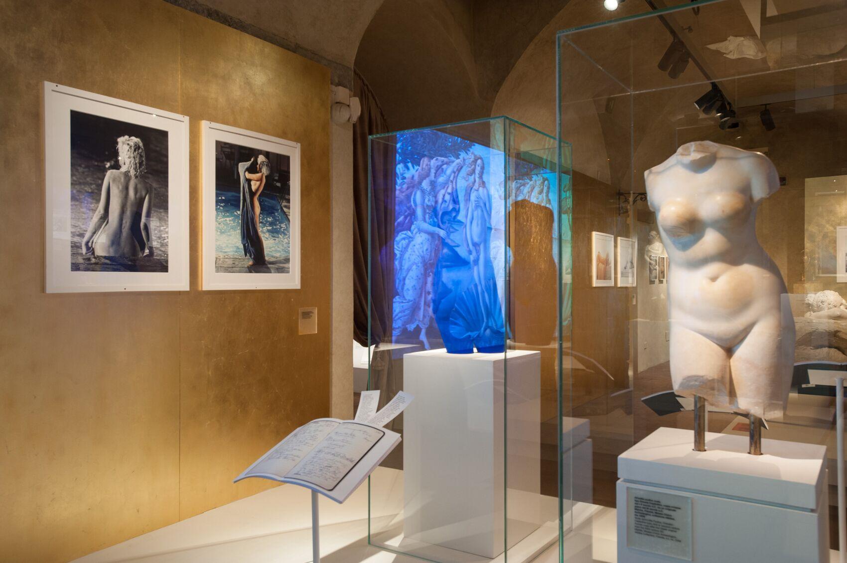 Salvatore Ferragamo Exhibition dedicated to Marilyn Monroe Salvatore Ferragamo Museum Statue