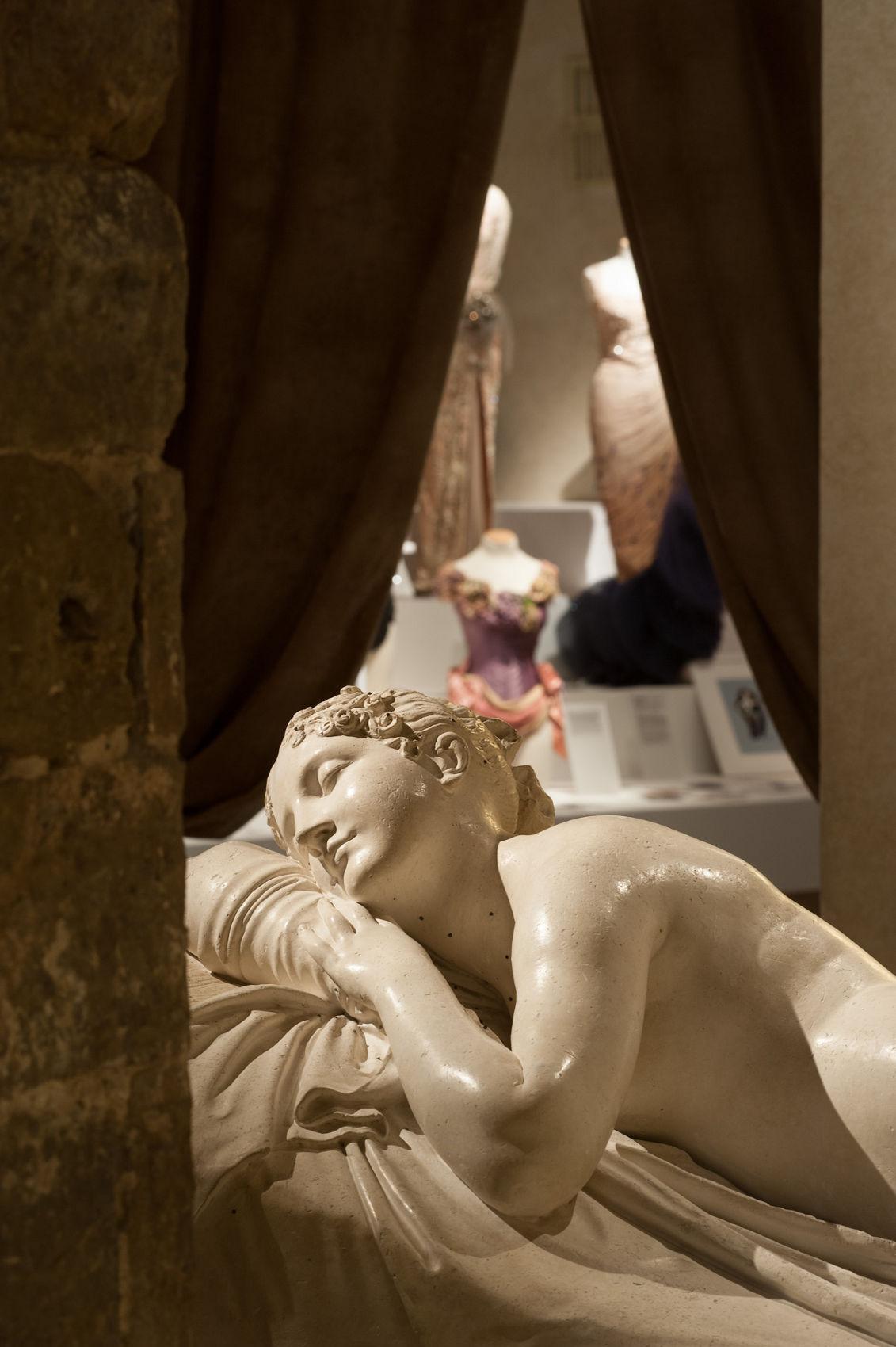 Salvatore Ferragamo Exhibition dedicated to Marilyn Monroe Salvatore Ferragamo Museum Woman Statue Details