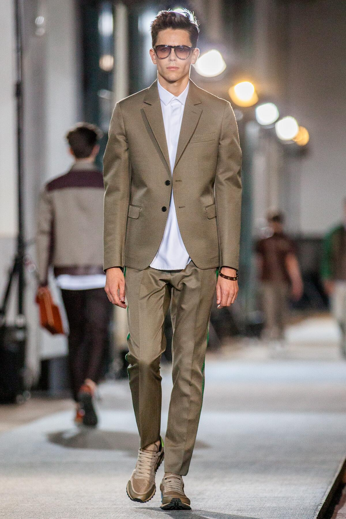 Spring Summer 2013 Fashion Men's Collection Valentino