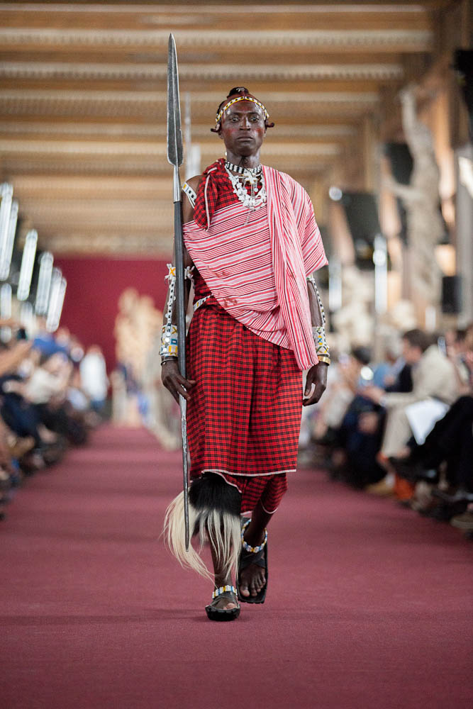 Stefano Ricci Spring Summer 2013 - Uffizi Gallery Runway - Maasai Warrior