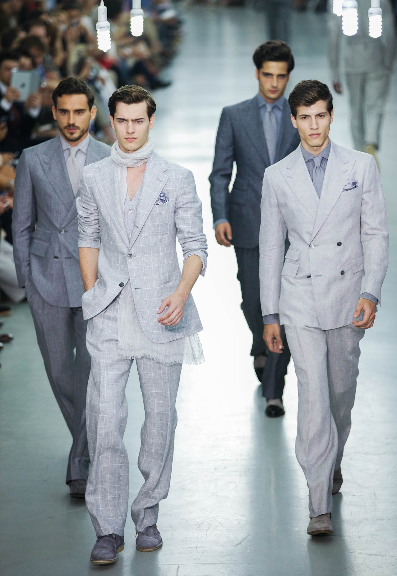 Catwalk Corneliani Spring Summer 2013 Men Collection Milano Fashion Week