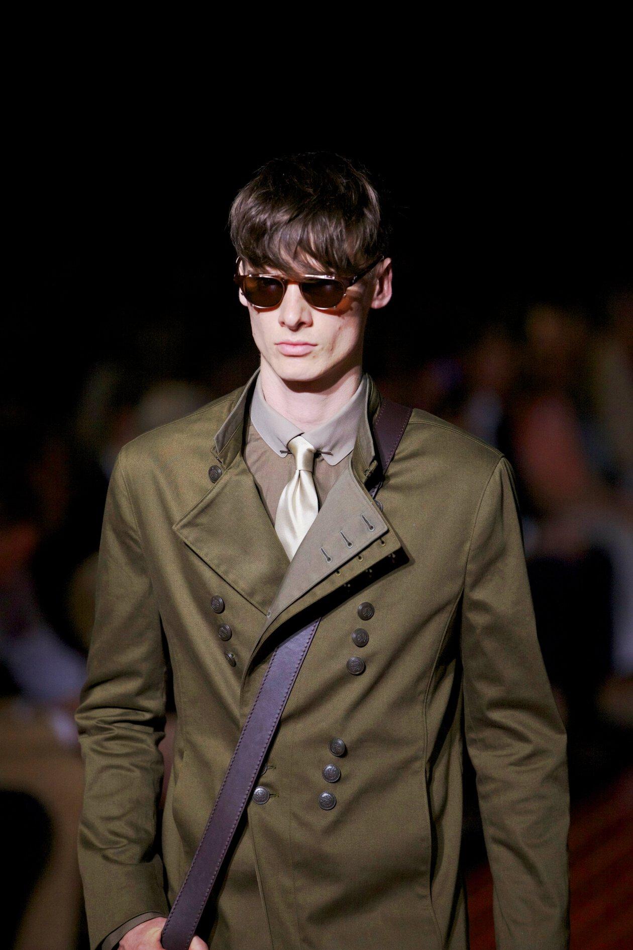 John Varvatos Man Suit Details