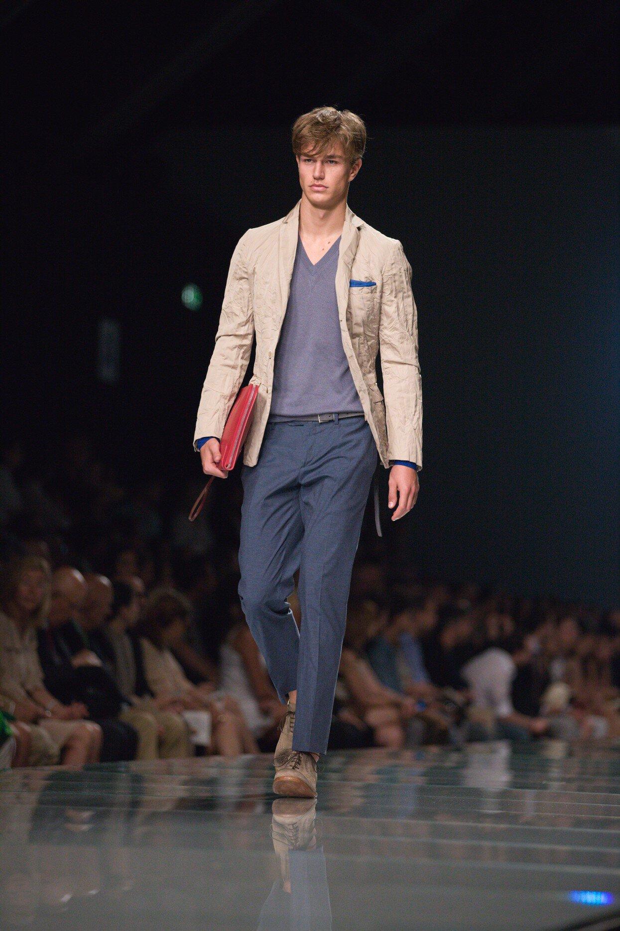 Summer 2013 Fashion Show - Ermanno Scervino