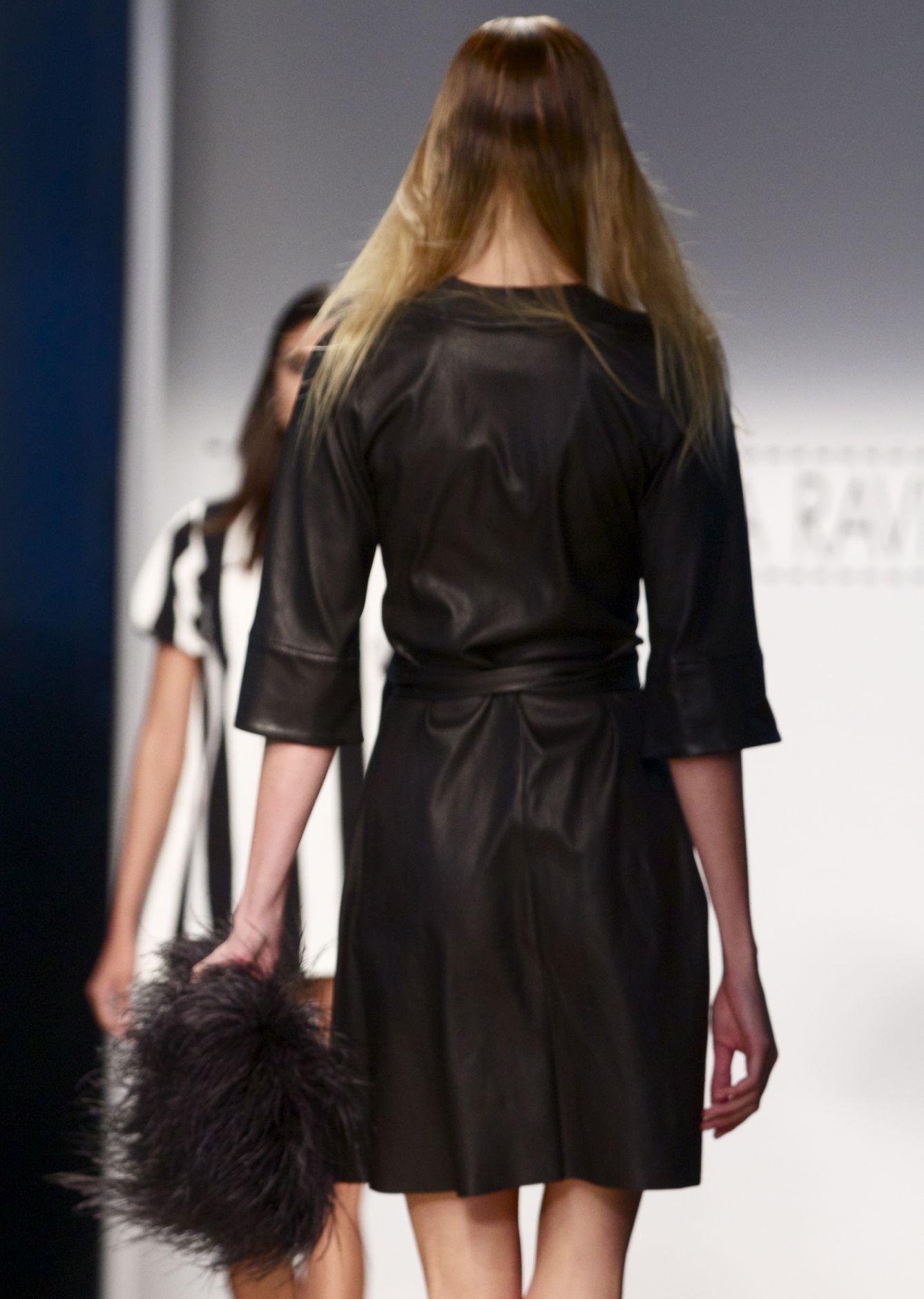 Catwalk Simonetta Ravizza Spring Summer 2013 Women Collection Milano Fashion Week