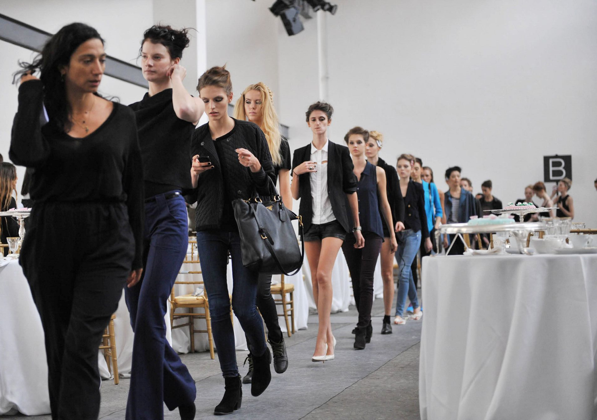 Backstage Fashion Show 2013 Marras